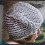 Bonnet femme a tricoter modele gratuit