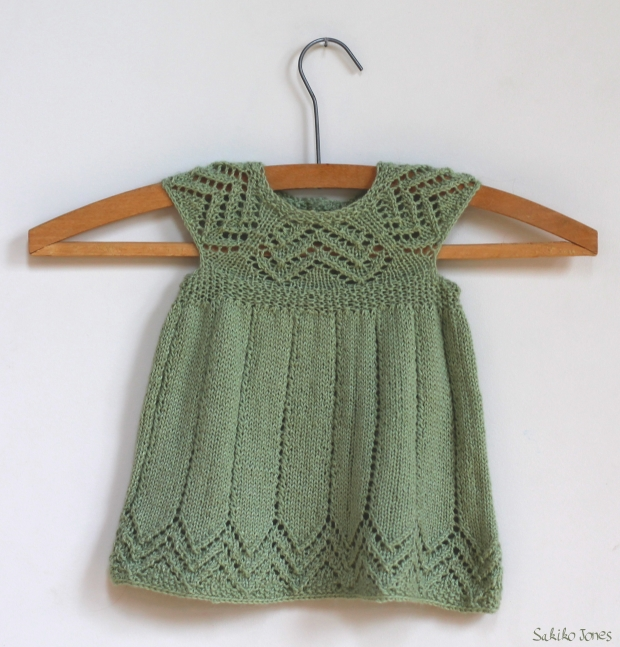 modele robe tricot bebe fille
