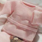 Modèle gratuit de brassière bébé à tricoter