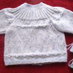 Modèle gilet bébé gratuit à tricoter