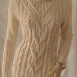 Pull tricoté main femme