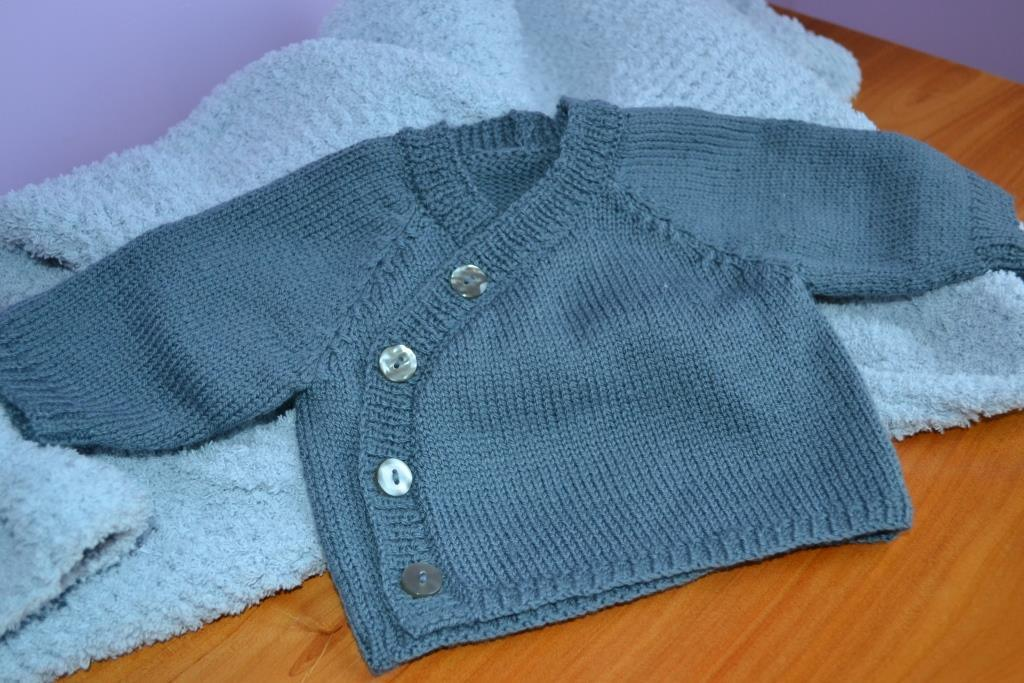 gilet bebe tricot modele