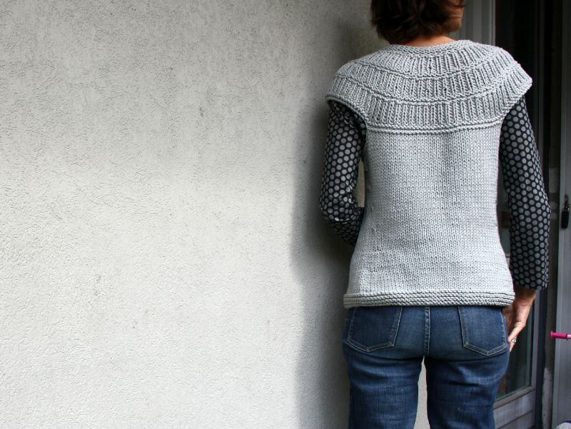 modele tricot sans manche femme