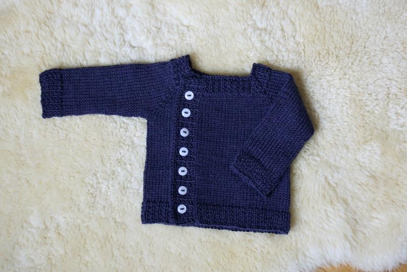 fc882417ea308 Modèle pull bébé gratuit - Laine et tricot