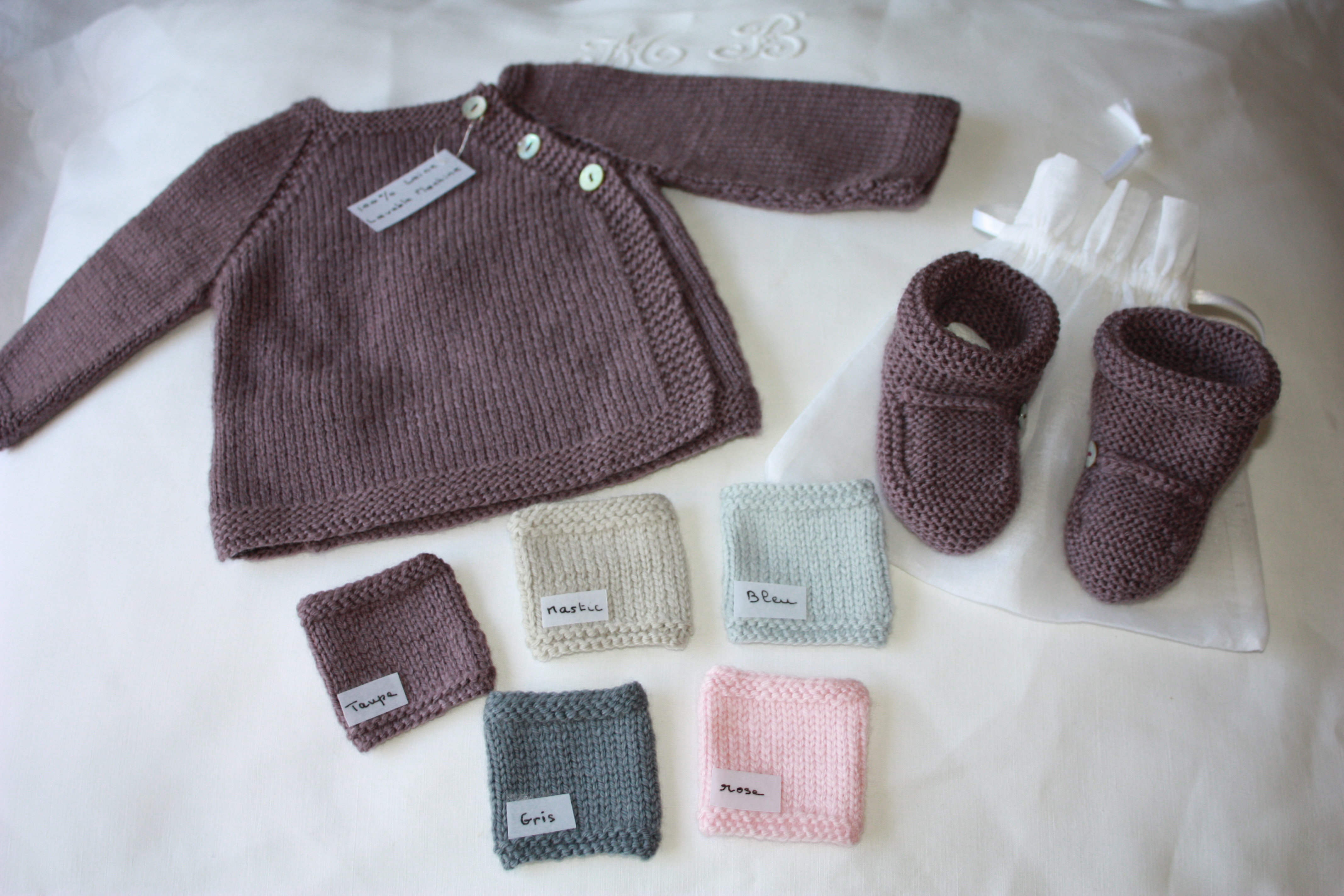 Brassière laine bébé naissance   Travauxchezvous 36661133f4a