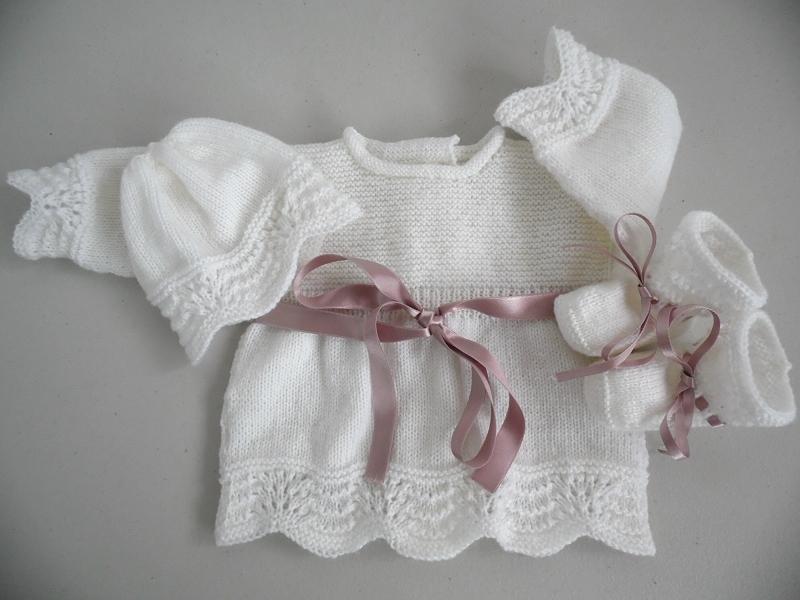 98c833cf3825c Brassière en laine bébé fille - Laine et tricot