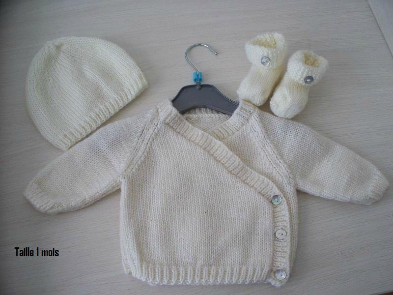 modele tricot gratuit brassiere naissance