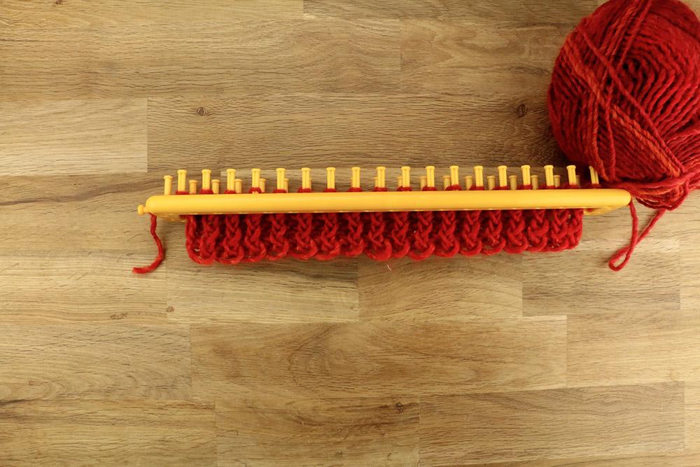 tricoter une echarpe avec tricotin