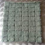 Points de tricot aux aiguilles