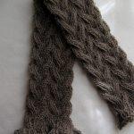 Modele echarpe torsade tricot