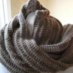 Point tricot pour echarpe femme