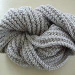 Point echarpe tricot