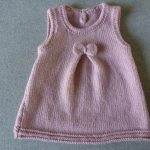 Modele gratuit tricot layette robe