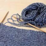 Faire une écharpe en tricot
