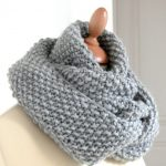 Comment tricoter un snood femme