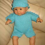 Modèle tricot poupon 30 cm
