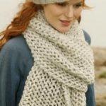 Point de tricot pour écharpe femme