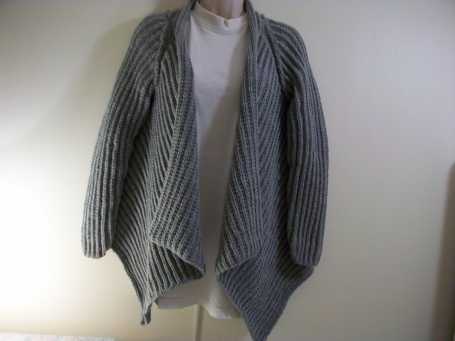 faire un gilet en laine laine et tricot. Black Bedroom Furniture Sets. Home Design Ideas
