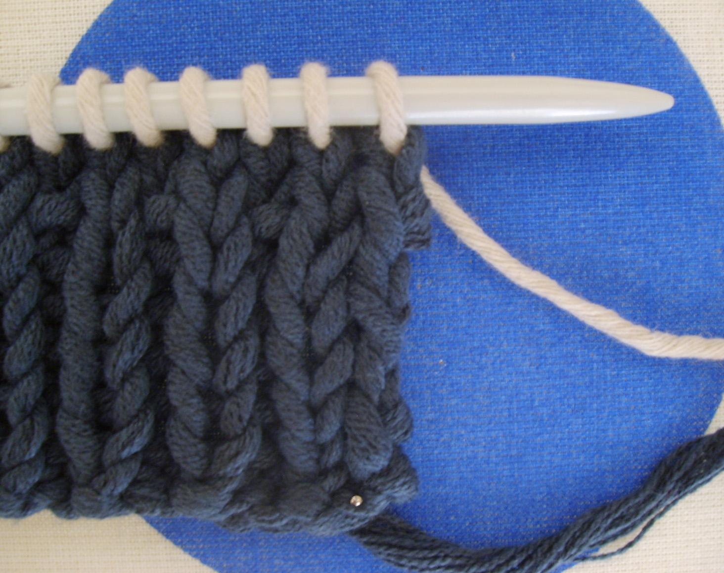 Comment tricoter une echarpe grosse maille   b725a616b18