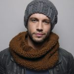 Snood tricot homme